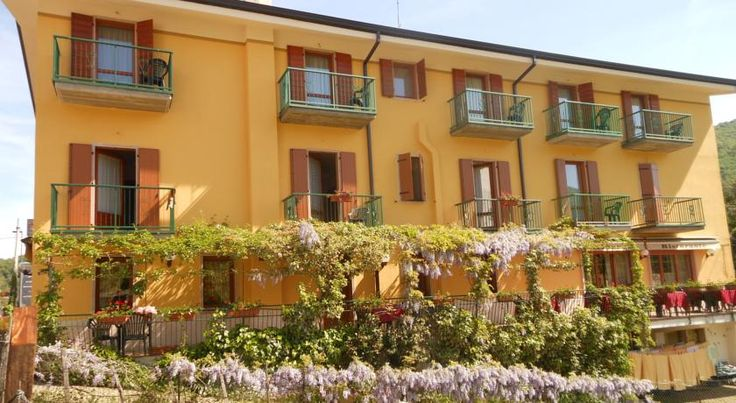 Hotel Montebaldina San Zeno di Montagna Located 12 km from Lake Garda, Hotel Montebaldina offers rooms with modern furnishings and apartments with a balcony, free Wi-Fi, and a satellite TV. The restaurant serves Veneto cuisine.