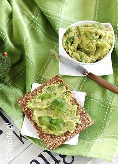 Pasta z avocado i fasoli