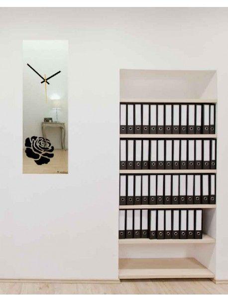 Hodiny na stenu vyrobené z plexiskla, obdĺžnik, farba strieborná ruža Kód:  X0012 - Hodiny - SILVER Stav:  Nový produkt  Dostupnosť:  Skladom  Prišiel čas na zmenu ! Dekoračné hodinky oživia každý interiér, zvýraznia šarm a štýl Vášho priestoru . Zútulni si svoje bývanie s novými hodinami. Nástenné hodiny z plexiskla sú nádhernou dekoráciou Vášho interiéru.