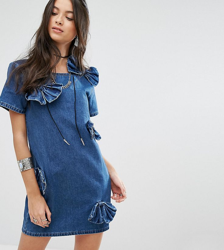 Get this Glamorous Petite's cowboy dress now! Click for more details. Worldwide shipping. Glamorous Petite Bow Detail Denim Dress - Blue: Petite dress by Glamorous Petite, Midweight non-stretch denim, Round neck, Bow detailing, Zip-back fastening, Regular fit - true to size, Machine wash, 100% Cotton, Our model wears a UK XS/8/EU 36/US 4. Glamorous pulls together an eclectic mix of vintage influences and brand new trends. Glamorous Petite brings us the same fashion-led pieces as their…