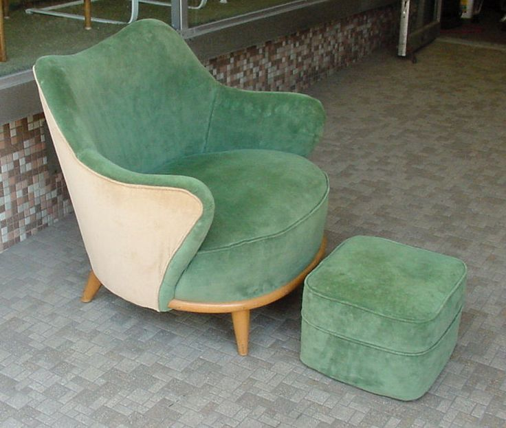 Superior Heywood Wakefield Tub Chair And Ottoman