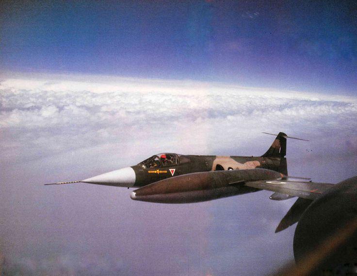 © Πτήση & Διάστημα  Κλειστός σχηματισμός 30.000 πόδια, ταχύτητα 500 κόμβοι
