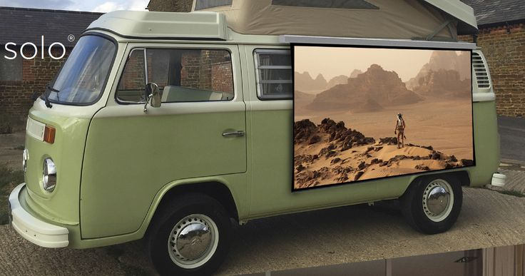 Screen Innovations Solo is One Fun, Wire-Free, Portable Video Projection Screen - CE Pro