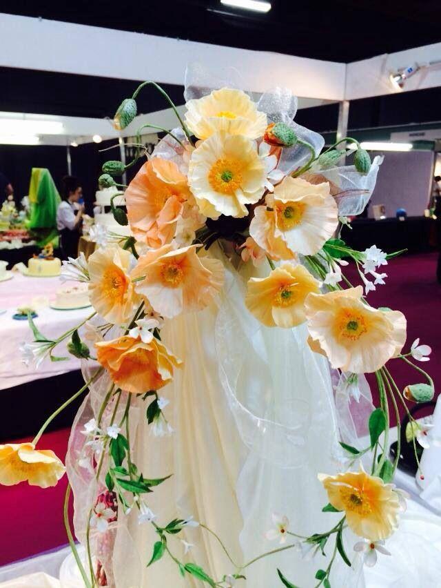 Cake Art Flower Moulding Paste Instructions : 21 best images about Alan dunn sugar flowers on Pinterest ...