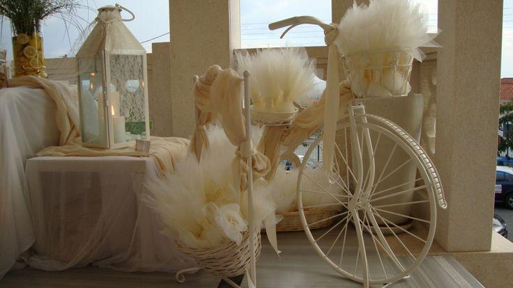ΣΤΟΛΙΣΜΟΣ ΓΑΜΟΥ - ΒΑΠΤΙΣΗΣ :: Στολισμός Γάμου Θεσσαλονίκη και γύρω Νομούς :: ΣΤΟΛΙΣΜΟΣ ΜΕ ΛΕΜΟΝΙΑ -ΤΡΑΠΕΖΙ ΜΠΟΜΠΟΝΙΕΡΩΝ ΚΩΔ.: PS-124