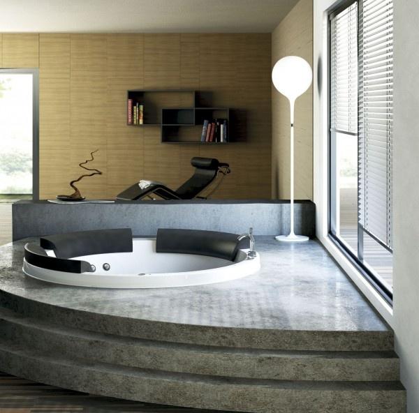 Vasca idromassaggio da relax... sarebbe ideale per il vostro bagno nella casa a Roma. Non pensate? www.arrediemobili.com