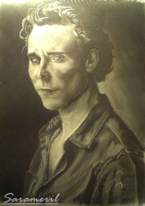 Tom Hiddleston portrait with charchoal