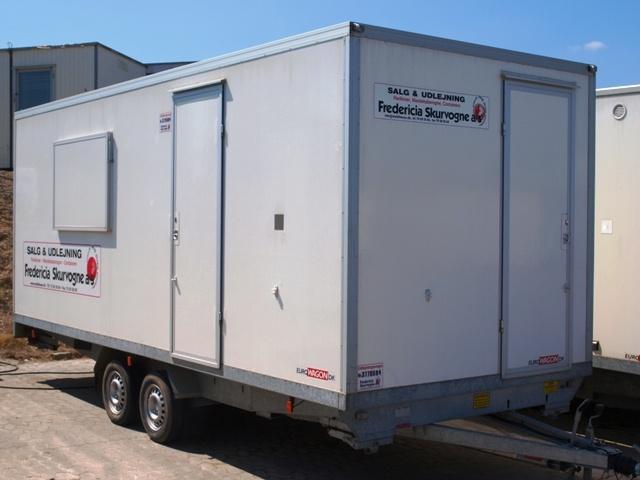 Type 37.  Spise-/kontorvogn med toilet til 10 personer.