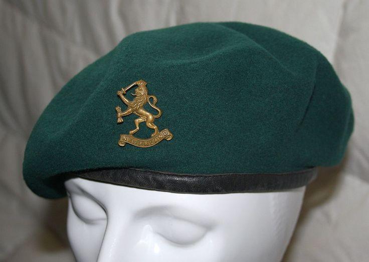 Supak. Groene baret met Nederlandse leeuw.1945 Green beret Netherlands nr. 10 Commando