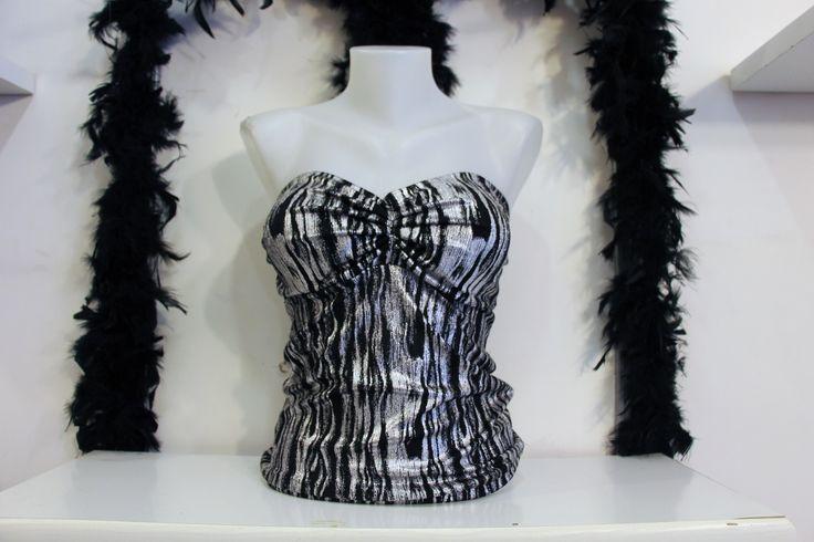 Sütyen Detaylı Sırtı Açık Straplez Siyah Beyaz Desenli Abiye Büstiyer Bayan Bluz Modelleri Üst Giyim