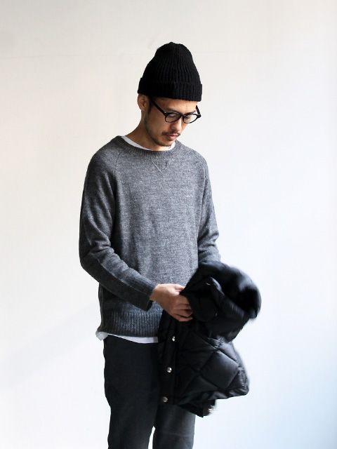 Pyjama Knitwear Vintage Crew Grey mens sweatshirt and wooly hat