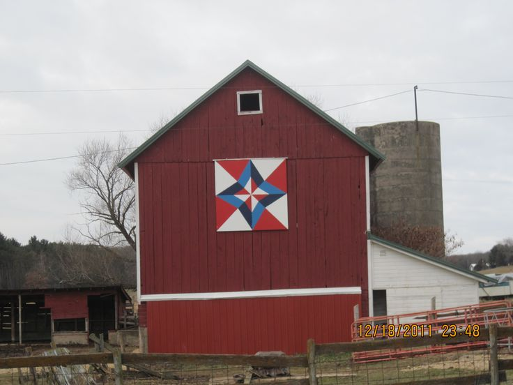 Quilt Patterns On Wisconsin Barns : Google Image Result for http://columbia.uwex.edu/files/2012/08/barn-quilts-0053.jpg barn ...