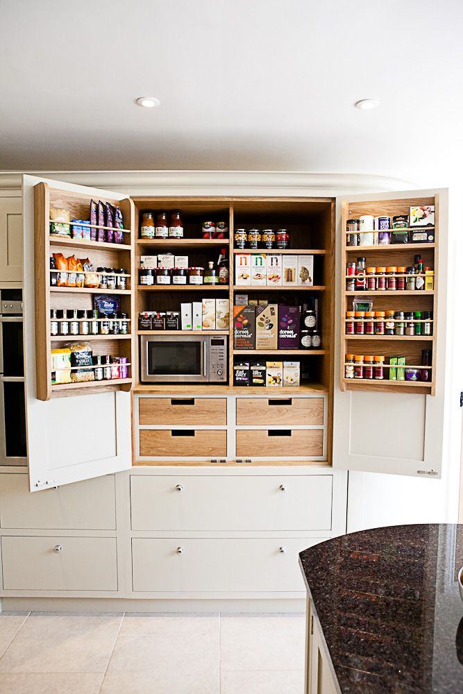 I like this cabinet style.