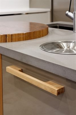 Caesarstone Sleek Concrete.