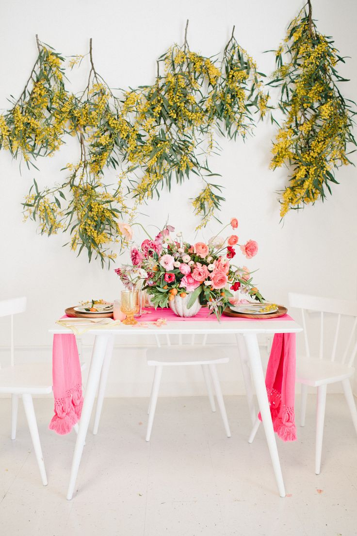 Tablescapes 57 best easter tablescapes for 2017 images on pinterest