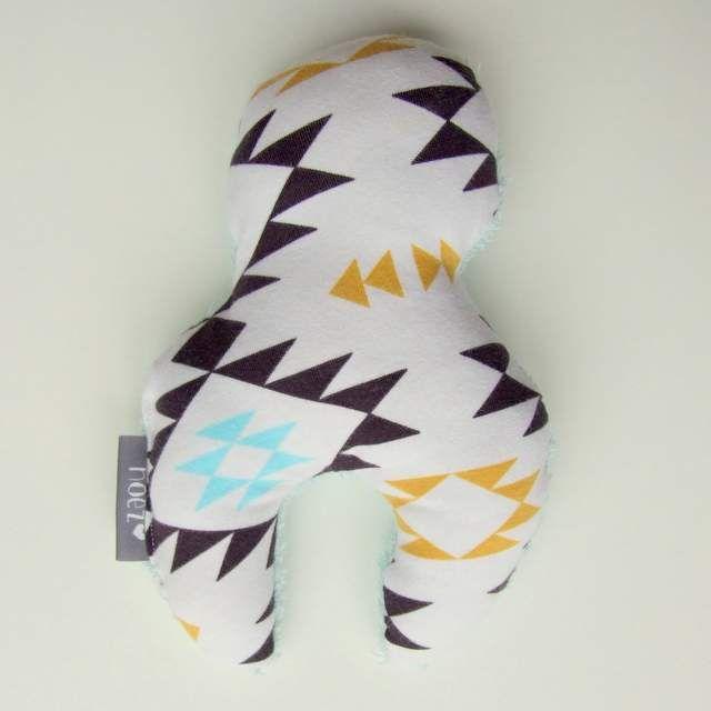 Knuffel lekker zacht voor baby en peuter, makkelijk vast te houden door vormgeving