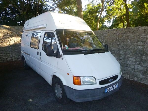Camping car FORD occasion - Fourgon - 2 places - 1995 - 4850 € - Saint-Pierre-d'Oléron (Charente-Maritime) WV150315942