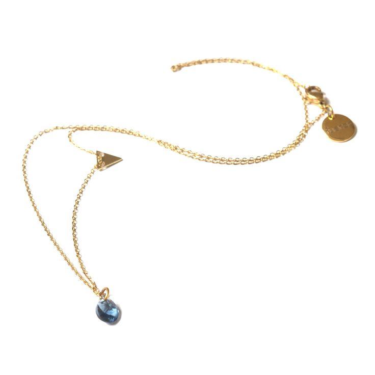 Biżuteria FUERZA - autorska kolekcja zaprojektowana przez aktorkę Agnieszkę Kawiorską #jewellery #agnieszkakawiorska #actress #necklace #bracelet #collection #design #fashion #style #jewelry #biżuteria #bransoletka #naszyjnik #look