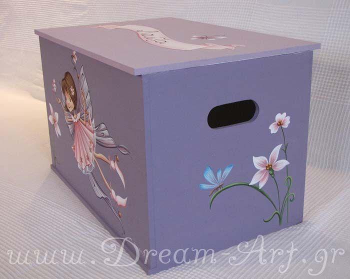 Ζωγραφική στο κουτί βάπτισης της μικρής Λουίζας