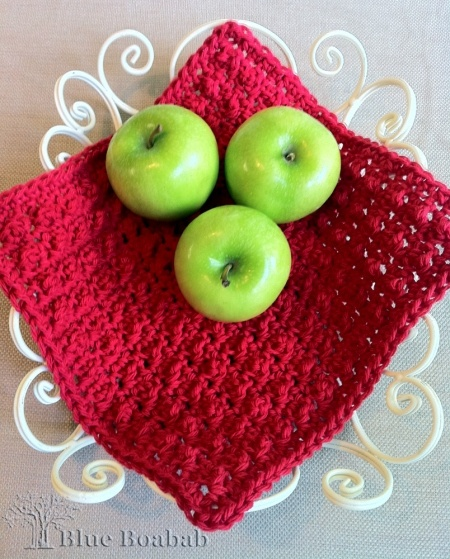 "Free dishcloth pattern from Blue Boabab- Pinner said - ""Made a few of these to have in the bath and kitchen (bigger ones). REALLY nice and work great!"""