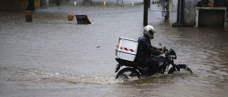 InfoNavWeb                       Informação, Notícias,Videos, Diversão, Games e Tecnologia.  : Forte chuva causa alagamentos em cidades da Baixad...