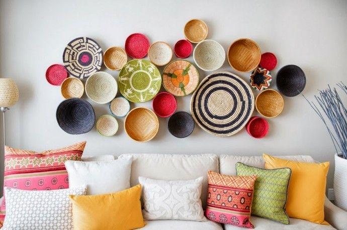 Со стола на стену: тарелки в качестве настенного декора