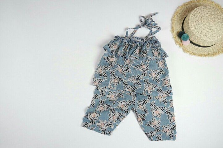 Blue Girls' Sleeveless Top and Short Beach Wear Set  #Unbranded
