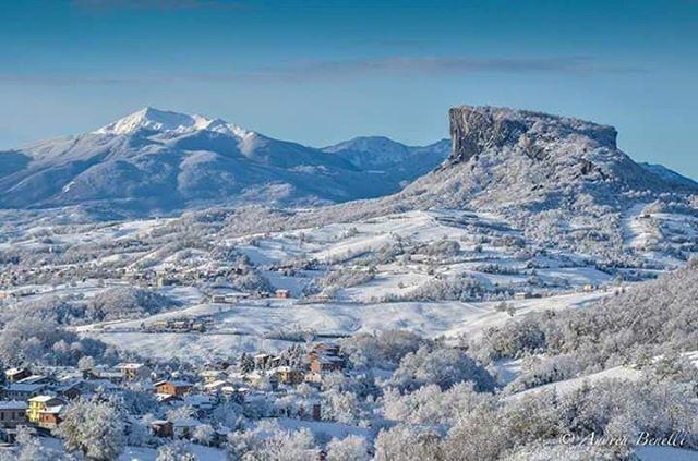 Prima neve in Appennino Reggiano - Instagram by bartoli_daniele