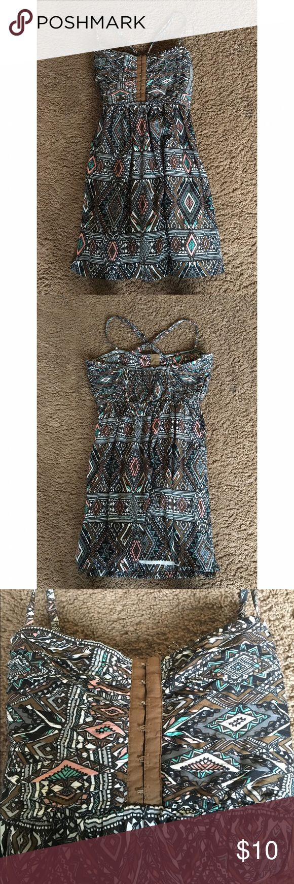 Billabong Sun Dress Super cute aztec print dress with crossed straps in back. Super flattering and great for spring and summer! :) Billabong Dresses Mini