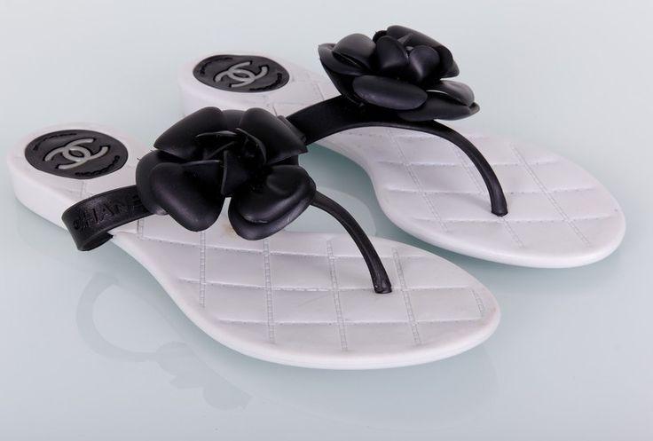 Тапочки Chanel белые с черным цветком #19224