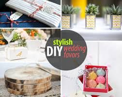 My Bridal Gifts offers you very unique and customizable wedding mirrors and coasters. Plus more wedding gift ideas and party favors. http://www.mybridalgifts.com