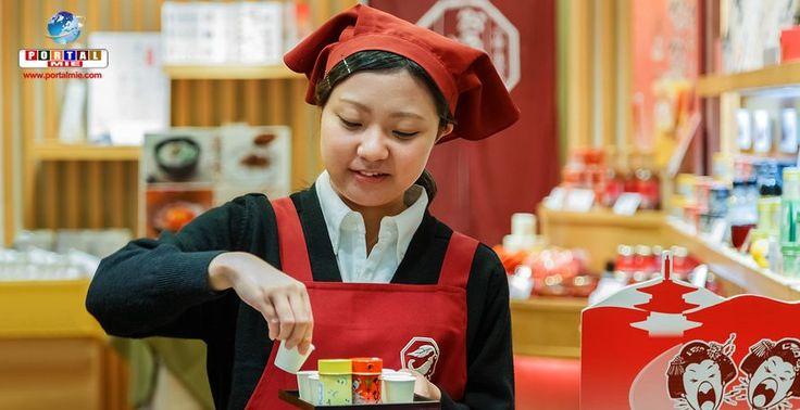 A maioria das mães no Japão estão trabalhando e contribuindo para o orçamento doméstico. Número recorde foi registrado no último ano.