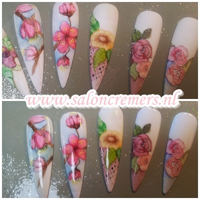 aquarelle nail art