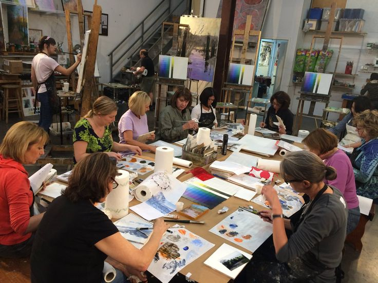 We are working at both the tables and easels recently at Braitman Studio. Here is an action shot of our artists doing a GREAT job of sketching/mixing/painting on small panels in our Intermediate Painting class with Andy Braitman (www.andybraitman.com) and Kelley Brugh (www.kelleybrugh.com)! We are taking one sketch and painting it several different ways. Come join us to learn more! www.braitmanstudio.com