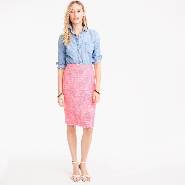 Pencil skirt in neon fuchsia tweed