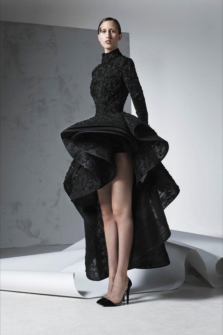 Sfilata Ashi Studio Parigi - Alta Moda Autunno-Inverno 2016-17 - Vogue