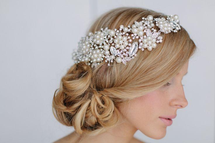Crystal and pearl wedding head piece