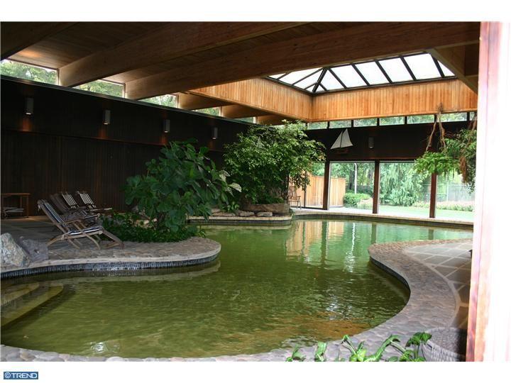 52 best indoor koi ponds images on pinterest koi ponds ponds and backyard ponds - Indoor ponds ...