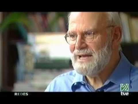 ▶ Entrevista al neurólogo Oliver Sacks en español - YouTube
