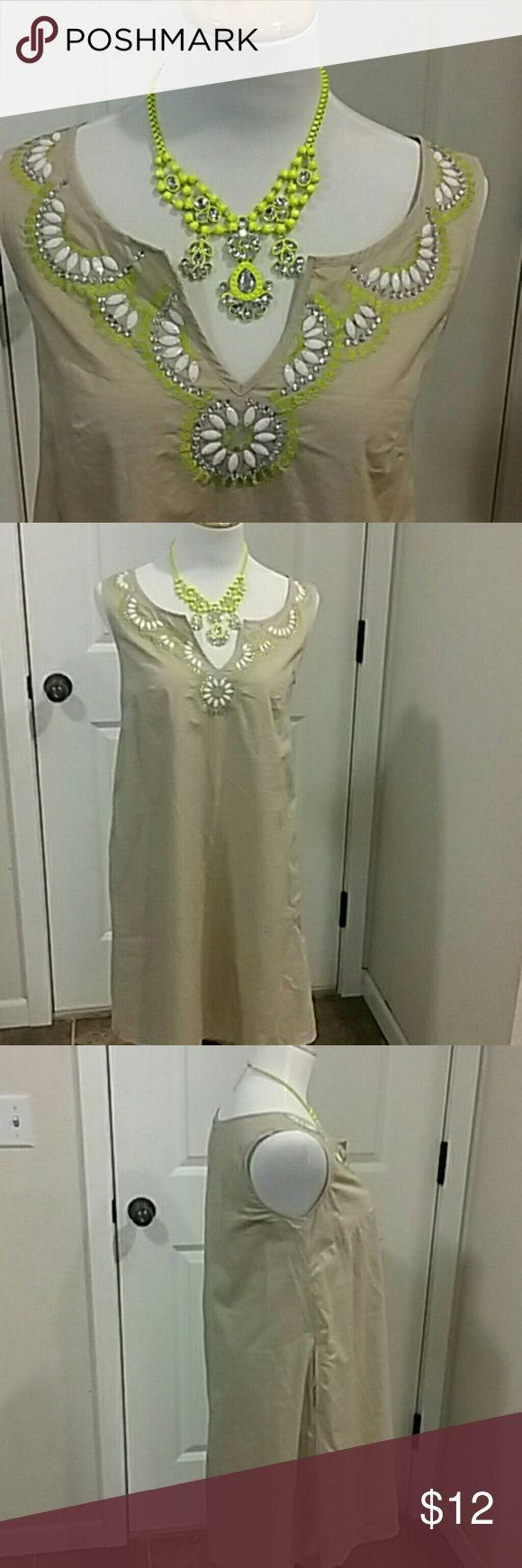Beautiful Calypso ST Barth For Target Dress Beautiful Calypso ST Barth For Target dress Size small. Necklace not included just for styling purposes. I don't have belt. This Dress would be cute with belt for a clinched look. Calypso St. Barth Dresses Midi