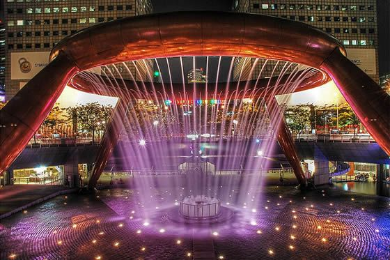 The #Fountain of Wealth is recognized since 1998 by the Guinness Book of World Records as the largest fountain in the world which is located in Singapore!  #visitedplaces #tours #tourism #singapore