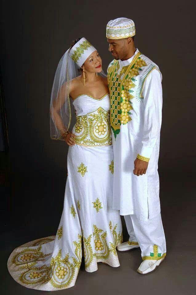 En tenue traditionnelle