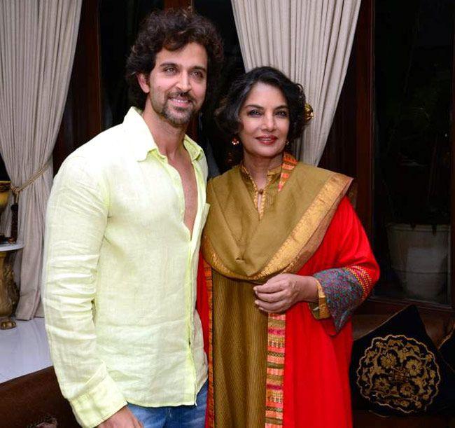 Hrithik Roshan with Shabana Azmi at Sanjay Khan's Iftar bash. #Bollywood #Fashion