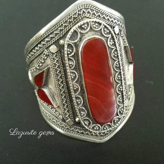 Vintage/bohemian style cuff    https://www.etsy.com/au/listing/244243805/bohemian-cuff-bracelet-vintage-bracelet