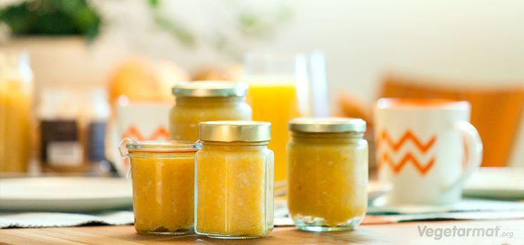 Server hjemmelaget appelsinmarmelade til ettermiddags-te eller frokost, det blir garantert en hit på bordet. Det smaker nydelig på nystekte scones eller rundstykker. Prøv denne smakfulle vegetarretten eller en av våre mange andre vegan- og vegetaroppskrifter.