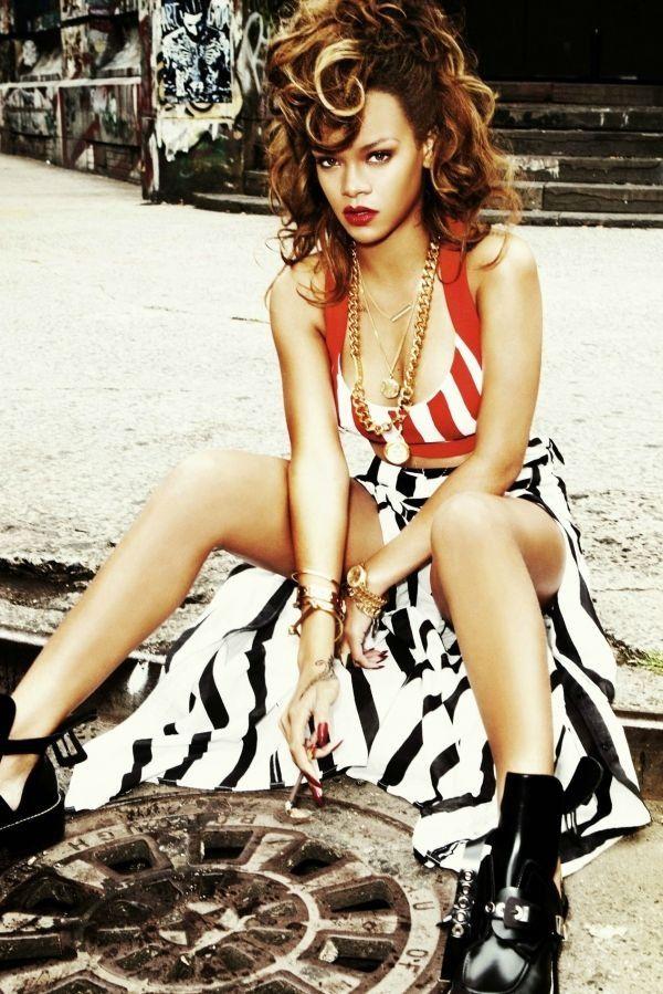 Rihanna, animal print side cut out skirt