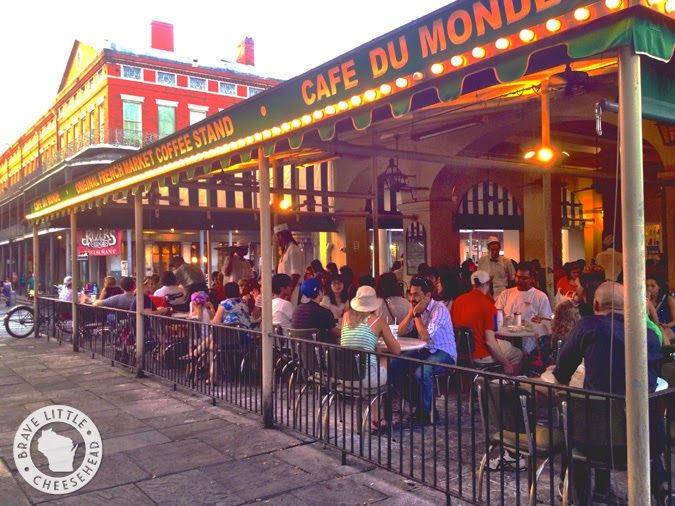 Top 6 Must-Do's in New Orleans. I definitely want to check out Cafe du Monde for beignets, stroll through the French Quarter and listen to jazz music at Frenchman Street.