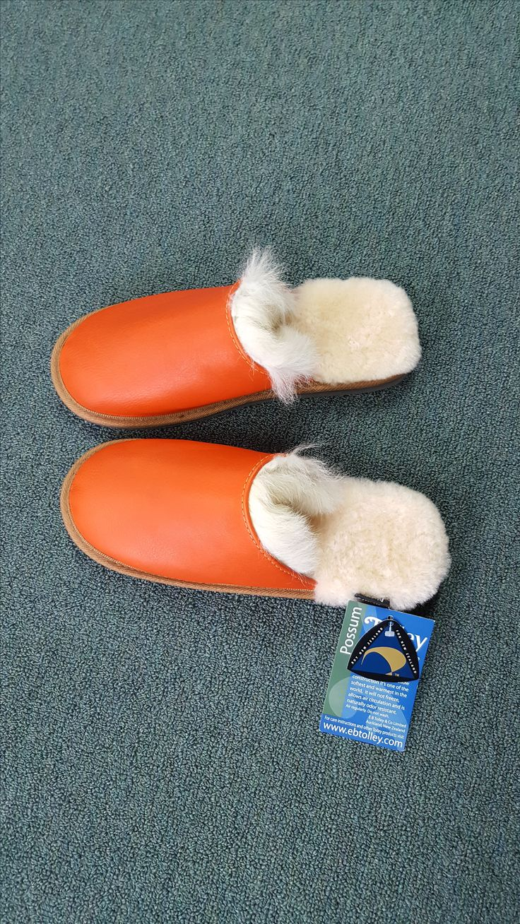 KingslandNZ  The Woolskin Company - 322 New North Road Kingsland open Mon – Fri 8.00 am – 4.30 pm Closed weekends.  For beautiful sheepskin and possum slippers, boots, rugs and car seat covers made here in New Zealand.