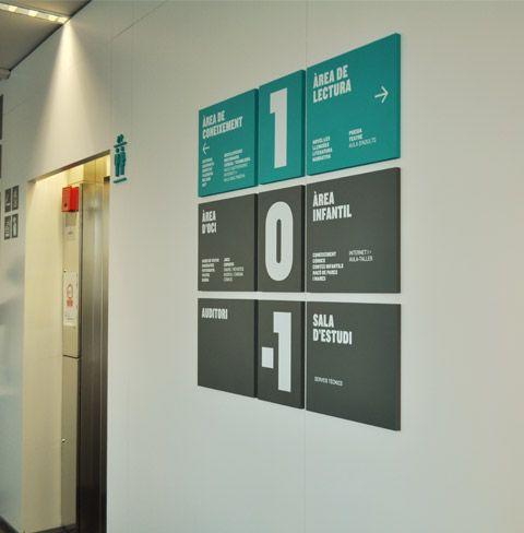 Modular signage for stairwells @PCUU  // Nos supports rigides, panneaux // Imprimez en ligne vos panneaux sur http://www.quickimprim.fr/nos-produits/supports-rigides/ --- www.quickimprim.fr/ #graphisme #design