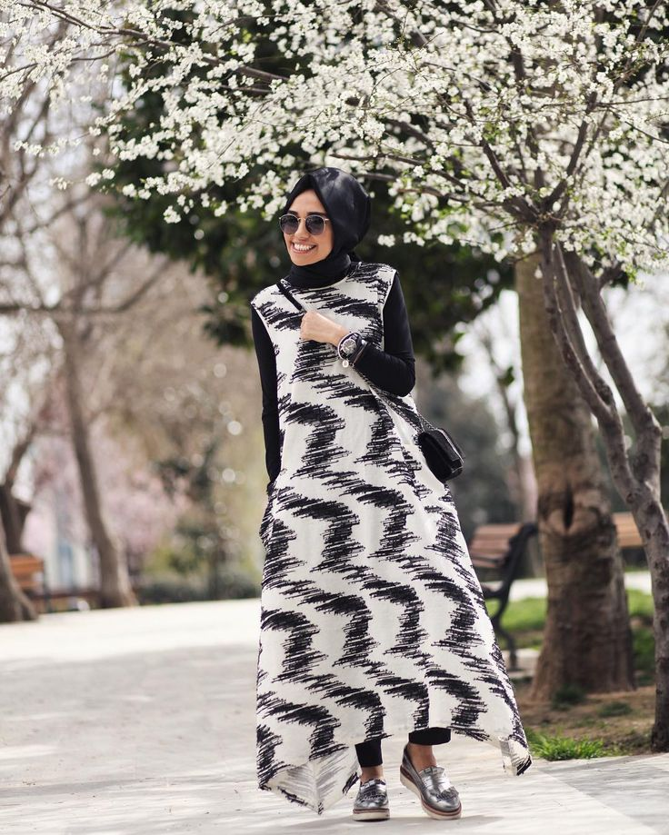 «QOOQ geldi, bahar geldi  @qooqstore  QOOQ has arrived, spring has arrived...»
